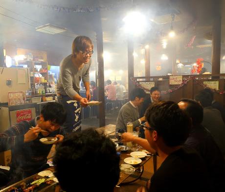 Inside of Showa Genki Horumon (Beef and pork offal) Takaraya Sohonten